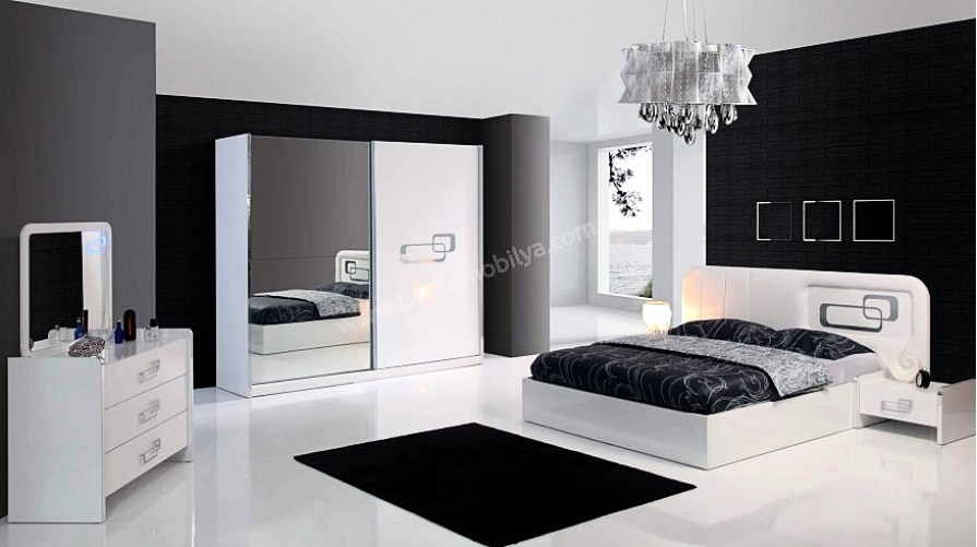 Polo Yatak Odası Takımı Teşhir